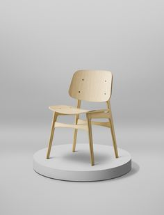 Søborg Chair designed by Børge Mogensen for Fredericia - picture by Coco Lapine Design