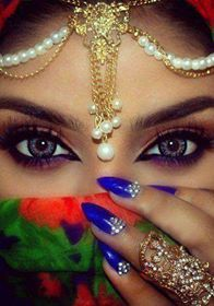Golden Rose Nails – My eyes on you __________________________________________________ Key products… Lovely Eyes, Pretty Eyes, Cool Eyes, Arabian Eyes, Arabian Makeup, Bollywood Makeup, Seductive Eyes, Attractive Eyes, Smoky Eyes
