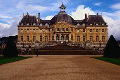 Vaux-le-Vicomte, Paris: my favorite of the chateaux