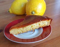 Gateau moelleux au citron, sans sucre et sans beurre.  (5 personnes). Ingredients: 1 sachet de luvre, 1 pot de yaourt au soja, 3 oeufs, 1 pot de farine, 1/2 pot de maïzena, 1/2 pot d'huile, 2 càs de miel, jus d'1 citron, zeste d'un citron, 1 càc de zeste d'orange