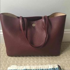 3b8230b318b2a Tory Burch Perry tote shopper bag - with dustbag Used 3 times only.  Guaranteed authentic