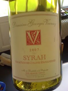Very hard to find but great & cheap little wine. Hard To Find, Wines, Canning, Mugs, Bottle, Tableware, Dinnerware, Home Canning, Flask