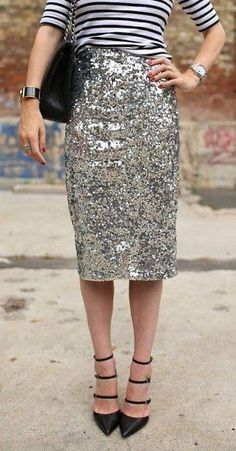 Exceptional Smart Look With White And Black Bordered Top Paired With Sequined Skirt