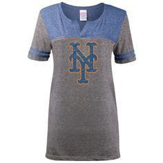 5th & Ocean Women's New York Mets Tri-Blend T-Shirt ($24) ❤ liked on Polyvore featuring tops, t-shirts, grey, cotton shirts, grey tee, gray t shirt, vneck shirts and t shirts