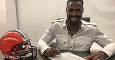 ���� The #ClevelandBrowns have signed WR #KennyBritt #dawgpound #cleveland #browns #ohio #dawgs #NFL #nflfreeagency #nflnetwork #football #nflfootball #sportscenter #postgame #sportsreporter #sports #ESPN #new #news #icymi #sportsnews #celebrity #2017 #sports #celebritynews #celebrities #football #daily #breaking #sidelinereporter #headline http://www.unirazzi.com/news/post/1468286230257322115_25965765/?code=BRgZowPFciD