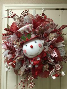 Snowman wreath by Twentycoats Wreath Creations