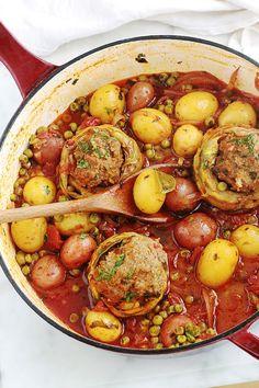 one-pot meal Archives - Cuisine Culinaire Feijoada Recipe, Tunisian Food, Ramadan Recipes, Fat Foods, One Pot Meals, Diy Food, Pot Roast, Soul Food, Sauce Tomate