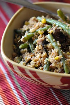 Quick Leftover Quinoa Fried Rice || HeathersDish.com #healthyeating