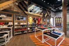 NIKE RETAIL - SALVATION CONCEPT STORE DESIGN by Adrian Nyman, via Behance