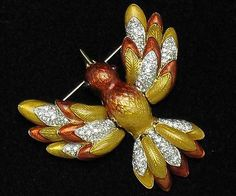 JUDITH LEIBER Jewelry 24 K Gold Plated Hummingbird Figural Bird Brooch.