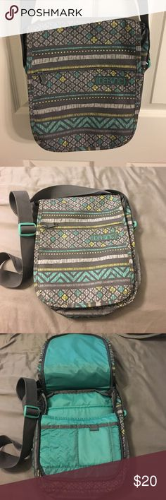 DaKine surf brand cross body travel bag. This is a cross body bag with many compartments for passport, Waller, pens, and any other travel necessities. Could also be great for a day at the beach, and shopping around town. Dakine Bags Crossbody Bags