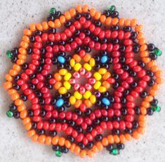 Beaded Flowers Patterns, Beaded Necklace Patterns, Bead Loom Patterns, Beading Patterns, Seed Bead Jewelry, Bead Jewellery, Seed Bead Earrings, Fabric Origami, Beaded Animals