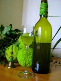 menta likőr Bor, Sweet Stuff, Cooking Recipes, Foods, Drinks, Bottle, Mint, Food Food, Drinking