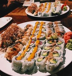 Discover How to prepare Chinese Meat I Love Food, Good Food, Yummy Food, Sushi Recipes, Cooking Recipes, Comfort Foods, Sushi Comida, Food Goals, Aesthetic Food