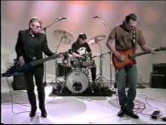 ▶ Hot Tuna Electric Instrumental Jam Session Homespun Blues  [Hot Tuna is an American blues rock band formed by bassist Jack Casady and guitarist Jorma Kaukonen as a spin-off of Jefferson Airplane. It plays acoustic and electric versions of original and traditional blues songs.] `j