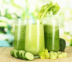 What nutrients does celery have? what are the primary celery juice benefits? Are there any side effects to celery juice? Find out all the answers. Celery Juice Benefits, Juicing Benefits, Healthy Juices, Healthy Drinks, Healthy Eats, Juice Smoothie, Smoothie Recipes, Diabetic Smoothies, Nutribullet Recipes