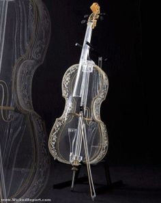 Glass Cello... I wonder what it sounds like compared to wood...?♬♬
