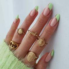 Almond Acrylic Nails, Best Acrylic Nails, Almond Nail Art, Almond Shape Nails, Chic Nails, Stylish Nails, Nail Design Stiletto, Oval Nails, Oval Nail Art