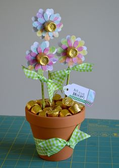 """Tell an important person, """"Thank You For Helping Me Grow This Year!"""" This cute gift idea from Designer Dawn will be a sweet end to a great year!"""