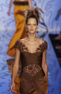 Valentino Couture - Fall, 2001