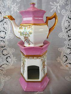 tisaniere en porcelaine de paris