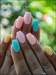 Pastel Nails - Top 27 Amazing inspiration for this season! Summer Acrylic Nails, Best Acrylic Nails, Acrylic Nail Designs, Stylish Nails, Trendy Nails, Faux Ongles Gel, Multicolored Nails, Easter Nails, Fire Nails