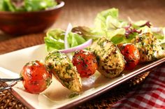 Chicken Pesto Skewers -- Ready for the dinner table in less than 30 minutes, its hard to top this tasty, healthy living recipe! Kraft Foods, Kraft Recipes, Turkey Recipes, Chicken Recipes, Dinner Recipes, Dinner Entrees, Cooking Recipes, Healthy Recipes, Grill Recipes