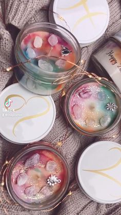 Photo Candles, Diy Candles, Zodiac Candles, Homemade Scented Candles, Candle Packaging, Diy Crystals, Luxury Candles, Candle Making, Tie Dye