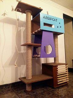 Gimnasio para gatos, incluye rascadores, móvil de plumas, tu gato pueden interactuar en  8 niveles, y distintos materiales tela, madera, alfombra etc…con un diseño exclusivo.