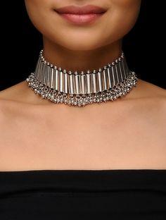 Silver Jewelry With Diamonds Gypsy Jewelry, Tribal Jewelry, Turquoise Jewelry, Jewelry Necklaces, Bead Jewelry, Jewelry Accessories, Layered Choker Necklace, Silver Pendant Necklace, Beaded Necklace