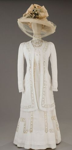 Vintage 1912 Outfit