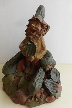 Vintage Cairn Studio Tom Clark Gnome Cris P. with Pickle by Cassablancas on Etsy Tom Clark, Gnome House, Pickle, Gnomes, Landscape Design, Fairies, Sculpting, Hand Painted, Landscape Designs