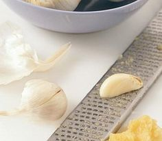How to cook garlic without burning it.