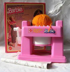Quanti tubi di lana con la maglieria di Barbie!