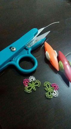 Mekik Crochet Bedspread, Crochet Motif, Crochet Flowers, Crochet Patterns, Tatting Jewelry, Tatting Lace, Needle Tatting Tutorial, Saree Painting Designs, Types Of Lace