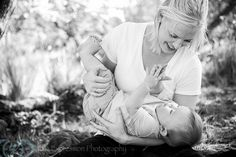 Family Portrait Photographer at Puu Waa Waa » Eye Expression Photography