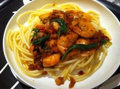 Everywhere WeekendNotes - Chilli Prawn Bucatini Recipe - Everywhere
