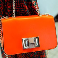 Chic Women's Retro Metal Chain Small #Shoulder #Bags #Purses Casual Cool Buckle