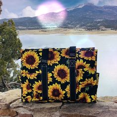 Sunflower patterned utility tote with lots of pockets! Three open outside pockets, two mesh side pockets, and a velcro closure pocket. Zip top closure and nylon carrying handles. Sunflower Accessories, Gussied Up, Utility Tote, Sunflower Pattern, Cowgirl Style, Tapestry, Style Inspiration, Seasons, Sunflowers
