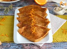 You all know crepes, these delicious thin pancakes brought to us by France. But they have a real special recipe using them with butter and orange, and here. Grand Marnier, Bechamel, Crepe Dukan, Crepes Rellenos, Thin Pancakes, French Crepes, Paris Brest, Griddle Cakes, Appetizers