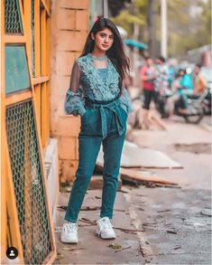 GetPics: Arishfa Khan Latest Top 30 Photos And Biography Stylish Girls Photos, Stylish Girl Pic, Teen Celebrities, Girl Trends, Girl Outfits, Fashion Outfits, Trendy Outfits, Bollywood Girls, Cute Girl Pic