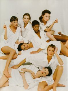 80s-90s-supermodels:    Vogue Italia, May 1993Photographer: Steven MeiselModels: Linda Evangelista, Nadja Auermann, Naomi Campbell, Shalom Harlow, Christy Turlington, Amber Valletta & Kristen McMenamy