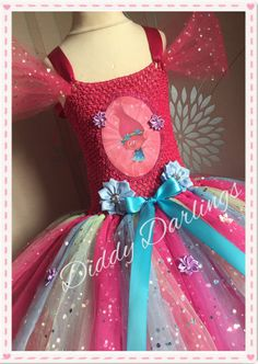 Sparkly Princess Poppy Costume. Trolls Tutu Dress.Inspired Handmade Dress.All Sizes Fully Customised Any Characters Or Colours. por DiddyDarlings