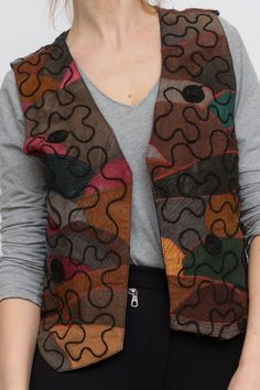 Vintage patchwork vest, big top, retro suede vest, colorful … Source by Embroidery Neck Designs, Diy Embroidery, Jacket Style Kurti, Best Portrait Photography, Quilted Clothes, Stylish Tops For Women, Cardigan Outfits, Body Warmer, Ethnic Fashion