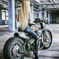 Motos y algo más