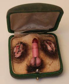 "msbehavoyeur: "" Sorry not kittens Phallus pendant: approx. Jeff Koons, Anais Nin, Ero Guro, Kitsch Art, Moment Of Silence, Creatures Of The Night, Arte Pop, Medieval Art, Human Anatomy"