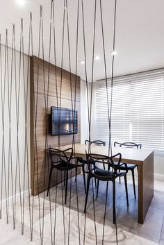 36 Modern Interiors To Copy Right Now interiors homedecor interiordesign homedecortips Source by petpenufva Interior Design Boards, Office Interior Design, Office Interiors, Modern Interiors, Exterior Design, Office Room Dividers, Room Partition Designs, Appartement Design, French Style Homes