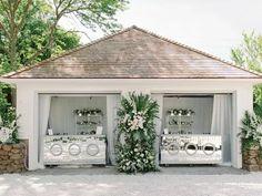 Glam reception bar with mirrored accents Great Gatsby Wedding, Seaside Wedding, Home Wedding, Wedding Dreams, Garden Wedding, Wedding Reception, Winston Flowers, Art Deco Bar, Cape Cod Wedding