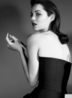 Marion Cotillard by Jean-Baptiste Mondino for Lady Dior A Very Long Engagement, Marion Cottilard, Glamour, French Actress, Beauty Editorial, Hollywood Celebrities, Lady Dior, Girl Crushes, Actress Photos