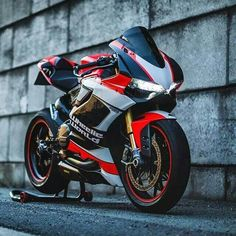 Wheelie World Ducati 1199 (ducati cafe)